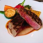 91300742 - 牛ヒレステーキ、柔らかくて美味しいお肉。プラスしてもこちらのお肉をお薦めしたいです。