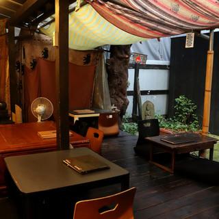 """花見・BBQ・柿の木・こたつ…。""""中庭""""で日本の季節を愛でる"""