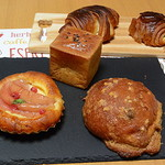 91307378 - 購入したパン