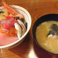 目利きの銀次-海鮮丼