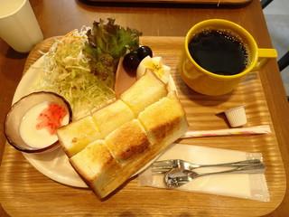 ゴッチェコーヒー - 厚切りトーストセット