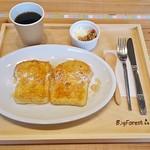 91317324 - モーニングBセット(自家製パンのフレンチトースト、グラノーラヨーグルト、ドリンク・ホットコーヒー)(500円)