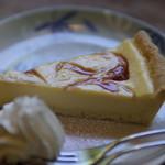中奥 - 岡山桃のチーズケーキ