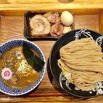 中華蕎麦 とみ田 - つけめん 小(180g)850円 特選全部トッピング750円