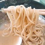 胡心房 - 小麦プツプツ低加水麺