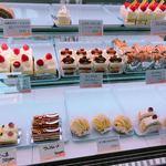 お菓子の館 あくつ - 料理写真: