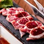レトロ肉バル 炙りやん - 熟成生ラム¥980