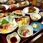 癒しの源泉かけ流しの宿 あつみホテル 温海荘 - 料理写真:夕食
