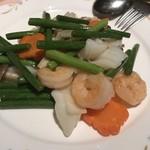 91347067 - 季節の野菜と海鮮の炒め