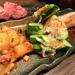 肉匠豊乃 - ●キムチ盛り合わせ