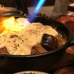 肉匠豊乃 - ●豊後牛肩ロースのホロホロ煮込み 「炙りチーズソース