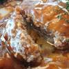 ななき - 料理写真:ハンバーグは肉汁たっぷり♪