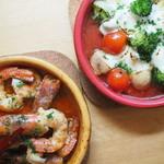 海老味噌たっぷりまるごと赤海老のアヒージョ