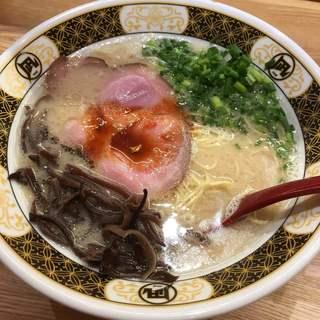 ラーメン凪 福岡空港店 - 煮干し豚骨ラーメン(凪豚) 750円