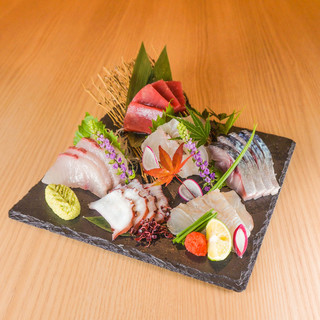 長崎の朝獲れ魚介を空輸!旬の魚料理もお楽しみください