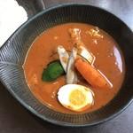 スープカレーlavi  - 柔らかチキン辛さ50番。