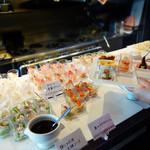 太陽の皿 - 糸島野菜をふんだんに取り入れたヘルシーで、見た目良いお料理をビュッフェスタイルで頂けます。