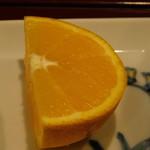 なにわ - 鰹のびんた定食のフルーツ(来店時:オレンジ)