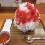 果実堂 - 【あまおう(いちご) 600円】