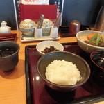 91388245 - 博多郷土料理 がめ煮(筑前煮)定食1000円(税込)