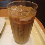 ドトールコーヒーショップ - アイスラテ 230円