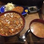 ニュー浅草 - カレー丼定食