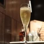 KATANA - スパークリングワイン