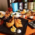鮮魚と色鶏どりの酒処 ふ~ち~く~ち~ - メイン写真: