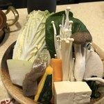 しゃぶ亭 - 野菜たっぷりだ〜♫