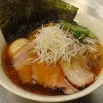 麺処 ほん田 東京駅一番街店 - 鶏と魚介の豊潤特製醤油ラーメン