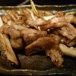 焼酎道楽 甑 - トントロ炒め