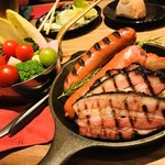 Meat and Cheese QUATTRO TABLE -