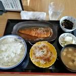 お食事処 日本亭 - さば味噌煮定食