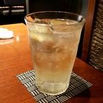 青柚子 - ウイスキーソーダ割り