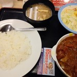 松屋 - ごろごろチキンのトマトカレー野菜サラダセット690円