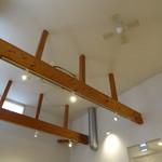 CROCE - 店内の天井
