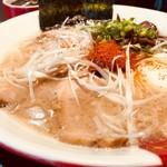 ラーメン凪 豚王 - 定番の豚王スープだ!