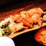 えびす屋 - 鶏たつた揚げ定食