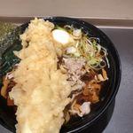 富士そば - 肉蕎麦にイカ天