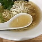 中華そば ユー リー - 無化調鴨スープ