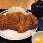 ぎおん亭 - ワラジみたいな鶏カツ