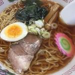 山福食堂 - ラーメン(醤油)アップ