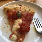 ピザドゥ - ミニトマトがまるごと