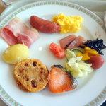 9145277 - 朝食バイキング1,733円