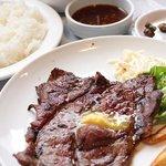 肉料理の八段 - ランチステーキ定食800円