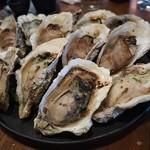 91454024 - 「牡蠣のゴルゴンゾーラ焼き」 「牡蠣のキルパトリック」 「牡蠣のガーリックバター焼き」