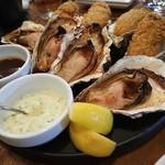 91454030 - 「牡蠣のバター醤油焼き」「かきフライ」