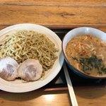 鷹乃巣 - 料理写真:みそつけめん830円