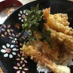 谷町 一味禅 - えびとり天丼(¥900)