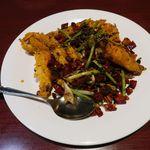 陳家私菜 - 名物殻付海老のピリ辛香ばし揚げ